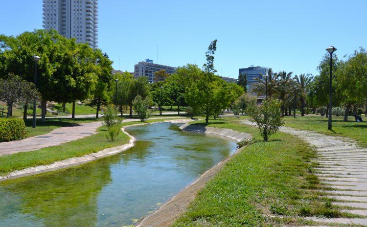 """Il """"Jardí del Turia"""" a Valencia da autostrada a parco"""