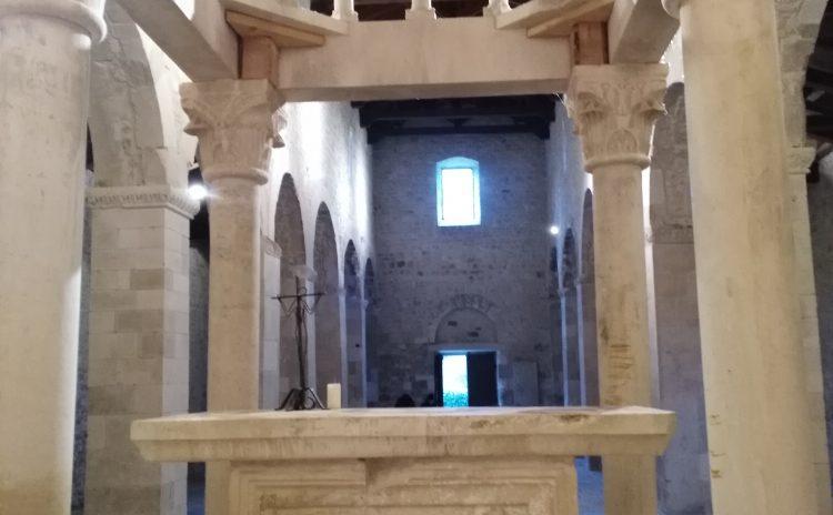 Architettura medievale abruzzese – Chiesa di San Pietro ad Oratorium: semplicità e bellezza